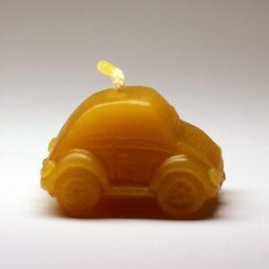 Autíčko - svíčka ze včelího vosku
