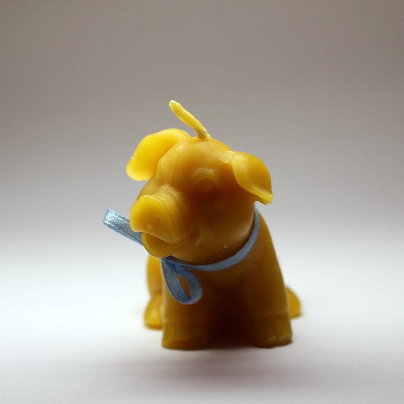 Prasátko - svíčka ze včelího vosku