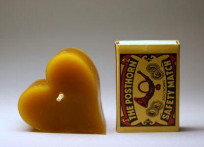 Srdíčko - svíčka ze včelího vosku